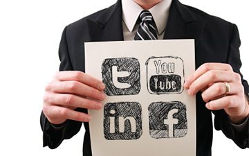 5 Ways of Using Social Media to Improve Your Career